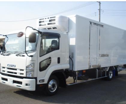 4t冷凍車 ワイドロング     中型(8t未満)免許で運転出来ます